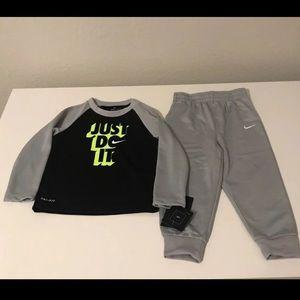 Nike boys set toddler 18 months